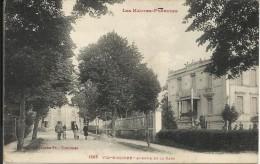 VIC BIGORRE , Avenue De La Gare , CPA ANIMEE - Vic Sur Bigorre