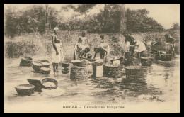 GUINÉ-BISSAU -  LAVADEIRAS- Lavadeiras Indigenas Carte Postale - Guinea Bissau