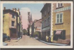 42 - REGNY--Rue Du Commerce-animé---cpsm Pf--colorisée - France
