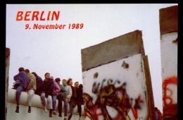 BERLIN * POSTAL CARD * FALL OF THE WALL * 1989 * MINT - Berlijnse Muur