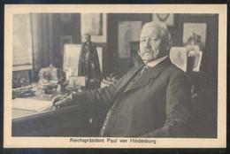 Alemania. *Reichspräsident Paul Von Hindenburg* Ed. Phot. A. Scherl Nº 856. Nueva. - Personajes