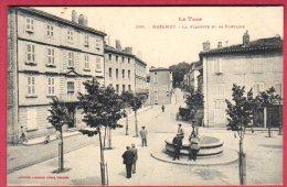 81 MAZAMET - La Placette Et Sa Fontaine - Mazamet