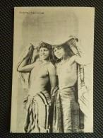 CPSM Inédite écrite 1917 D' Algérie - Deux Prostituées Arabes Fillettes Bedouines Seins Nus - Afrique Du Nord (Maghreb)
