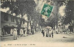 ALGERIE 1283  CPA  SETIF     -     La Rue Du 19 Léger   Animation      Belle Carte - Sétif
