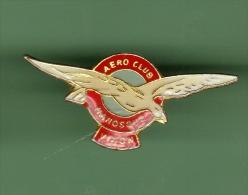 AERO CLUB *** MANOSQUE VINON *** (061) - Airplanes