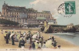 C P A---64---BIARRITZ---la Plage Et L'hôtel Bellevue  ---voir 2 Scans - Biarritz