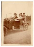 Photo Automobile à Identifier, La Pérouse, Sur La Route Du Retour ... - Automobiles
