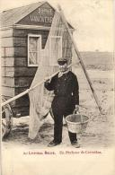 BELGIQUE - Au Littoral Belge. Un Pêcheur De Crevettes. - Fishing