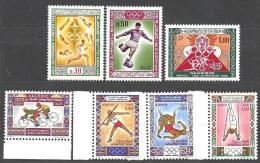 1968 Et 1972  Algérie N° 474 à 476 Et 545 à 548 Nf** . Jeux Olympiques De Mexico Et De Munich . - Argelia (1962-...)