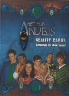 NL.- Het Huis Anubis. Reality Cards. Verzamel En Speel Mee. Met Alle 108 Kaarten. 14 Pag. Tekst. 6 Bladen Cards.14 Scans - Trading Cards