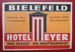 - BIELEFELD - HOTEL MEYER - NEU ERBAUT . AM HAUPTBAHNHOF -