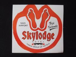 ISLAND HOTEL MOTEL HOUSE TRAVEL LODGE SKY AIRPORT SUVA FIJI NADI STICKER DECAL LUGGAGE LABEL ETIQUETTE KOFFERAUFKLEBER