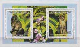 Tchad.1998.Sheet.2v.Cats.Michel.1652-53.MNH.21359