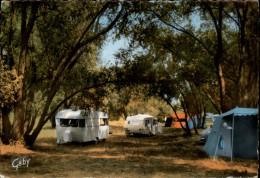 45 - JARGEAU - Camping - Caravanes - Jargeau