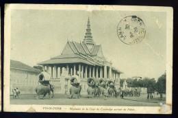 Cpa Du Cambodge Pnom Penh éléphants De La Cour Du Cambodge Sortant Du Palais     MAI15 10 - Cambodia