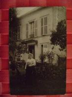 CARTE PHOTO    FEMME  -- PHOTO DE G. BLANC DE LA VARENNE ST MAUR -ECRITE EN 1910 - Personas Anónimos
