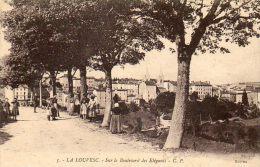 CPA- La LOUVESC (07) - Les Arbres Sur Le Boulevard Des Elégants - La Louvesc