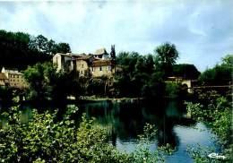 Belle  CPSM  - Sourzac  - L 'Eglise St Pierre ,Ancien Prieuré              L343 - Autres Communes
