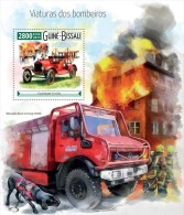 gb15511b Guinea Bissau 2015 Fire engines s/s Dog