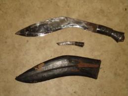 RARE ARME BLANCHE GUERRE DE ?? ANCIEN GRAND COUTEAU POIGNARD AVEC SON ETUI EN CUIR + MINI COUTEAU INSIGNE TETE DE LION - Knives/Swords
