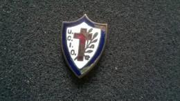 Pin U.C.I.O. Croce Rossa -P84 - Pin's