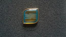 Pin Seat -P175 - Pin's
