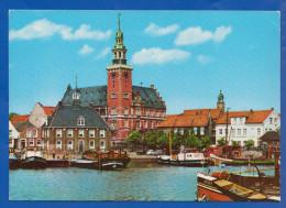 Deutschland; Leer Ostfriesland; Hafen Und Rathaus Und Waage - Leer