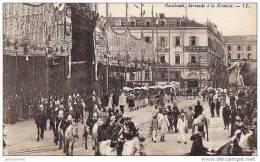 06 NICE CARNAVAL PLACE MASSENA 1921 SERENADE A LA REINETTE.CPA BON ETAT - Carnaval