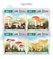 GUINEA BISSAU 2015 - Mushrooms. Official Issue - Champignons