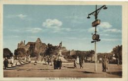 SAIDA  Rond Point et la Place Monument aux morts   Recto Verso