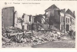 Poperinge, uitgebrande huizen in de Boeschepestraat (pk18915)
