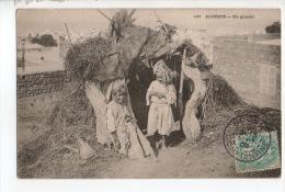 ALGÉRIE . UN GOURBI . ENFANTS - Réf. N°9689 - - Kinderen