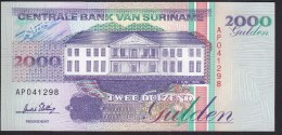 Suriname 2000 Gulden 1995 P142 UNC - Surinam