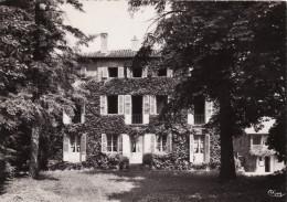 Charnay Les Macon - Hostellerie Pension Le Manoir De La Croix-Madeleine - France