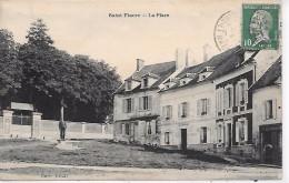 SAINT FIACRE - La Place - Francia