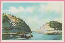 HISTORIA  - NOS GLOIRES - Le Royaume De Belgique  - Guerre - Le Canal Albert - Artis Historia