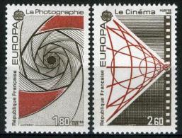 FRANCE 2270/2271**  Europa 1983  Photographie Cinéma - 1983