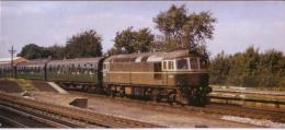 Esher Railway Station Type 3 Diesel Waterloo Train - Railway