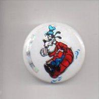 REF XXL 1 Badge Ancien 1980 (no Pin´s) DISNEY Pluto Brillant Holograme - Baseball
