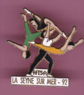 44796- Pin's.Fédération Française De Trampoline Et De Sports Acrobatiques .FFTSA.la Seyne Sur Mer. - Gimnasia