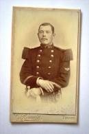 Photographie XIXème CDV Portrait D´un Militaire Du 32ème Régiment De Chasseur ? Photo Romain Tours - Guerre, Militaire