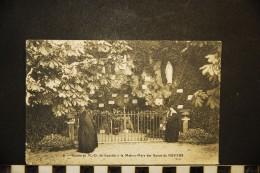 CP, 58, NEVERS Grotte De N D De Lourdes à La Maison Mère Des Soeurs De Nevers N° 6 Vierge - Nevers