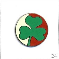 Pin´s Boisson - Murphy's House (Paris) - Irish Pub. Estampillé Ballard. Zamac. T367-24 - Boissons
