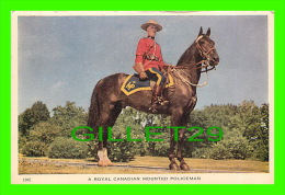 PROFESSIONS - POLICE MONTÉE - ROYAL CANADIAN MOUNTED POLICE - POLICEMAN - TRAVEL IN 1954 - - Police - Gendarmerie