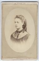 Photographie Ancienne, CDV, EM. Lenoble (Tonnerre, France), Portrait Femme, Bijoux Croix, Mode, Costume - Photographs