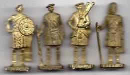 Soldatini Di Metallo Kinder Scozzesi - Metal Figurines