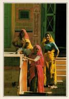 INDIA   BARMER:    DONNE   (NUOVA CON DESCRIZIONE DEL SITO SUL RETRO) - India
