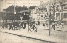 LES POMPIERS PLACE DE LA MAIRIE - Yerres