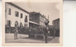FOTOGRAFIA EVENTO COMMEMORAZIONE FUNEBRE MILITARI ALPINO CARABINIERE 9 X 12 - Militari