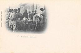 Militaires, Distribution De Viande - Lieu à Identifier - Phototypie A. Bergeret - Carte Précurseur Non Circulée - Te Identificeren